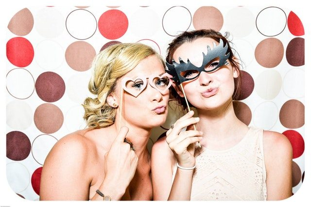 5 Reasons Every Event Needs a Photobooth
